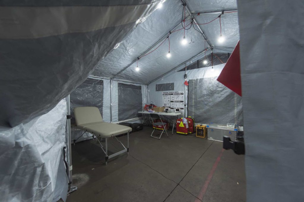 Corona-virus_XPERT-tents_medical-tent1_Alpinter.jpg