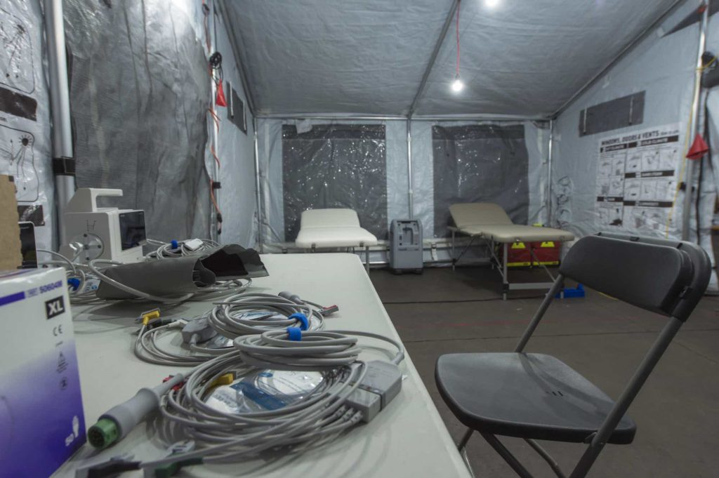 Corona-virus_XPERT-tents_medical-tent2_Alpinter.jpg